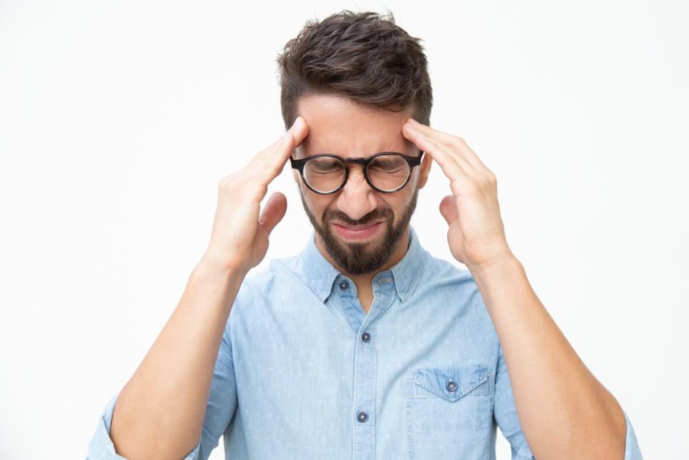 Jak odróżnić migrenę od bólu głowy? bol glowy 2