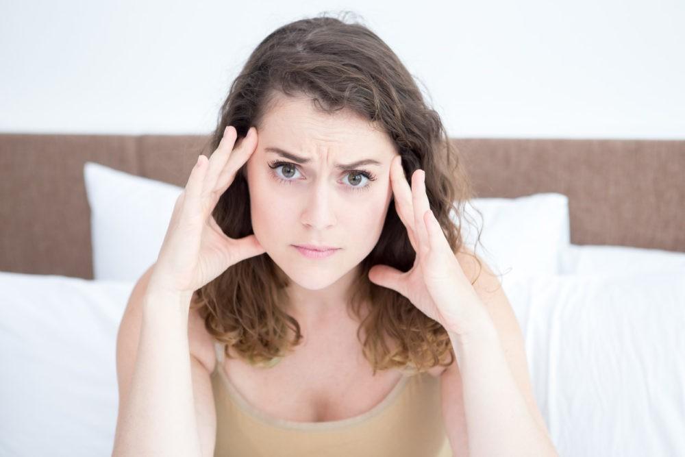Migrena mamy a kolka u niemowląt migrena bole glowy 6 1000x667